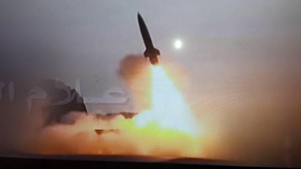 نتيجة بحث الصور عن الجيش واللجان الشعبية يستهدفون بالصواريخ المرتزقة في المخاء