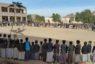 مكتب التربية وعدد من مدارس صعدة ينظمون وقفات منددة بجريمة مدرسة الفلاح بنهم