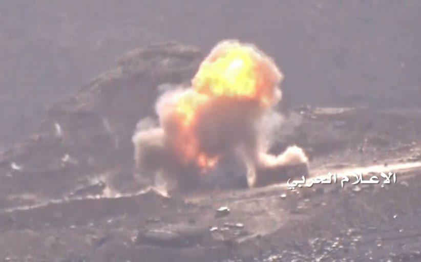 تدمير مدرعتين وآلية عسكرية للعدو السعودي في نجران
