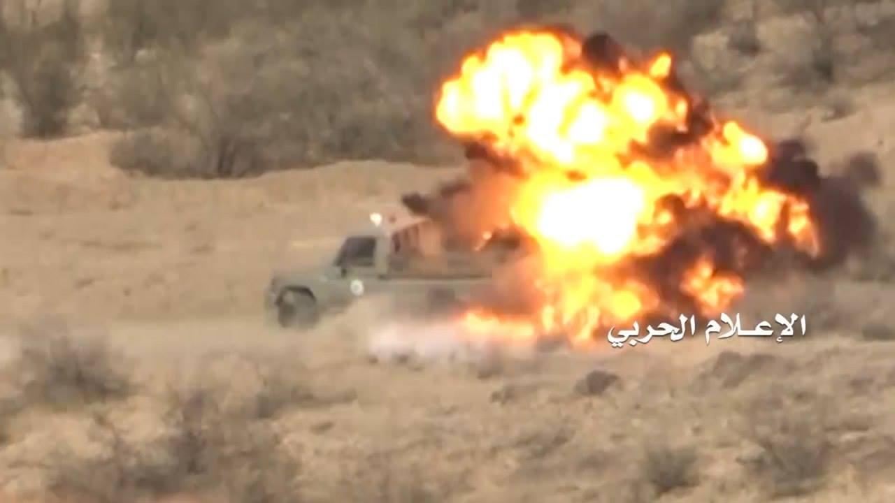 تدمير آلية عسكرية وقنص جنديين سعوديين في جيزان
