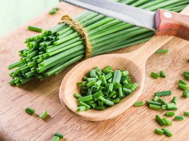 فوائد البصل الأخضر لا تعّد ولا تحصى