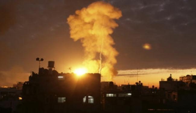 طيران العدو الاسرائيلي يشن سلسلة غارات على قطاع غزة
