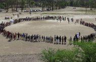 القطاع الغربي بمديرية التعزية ينظم وقفة احتجاجية تحت شعار