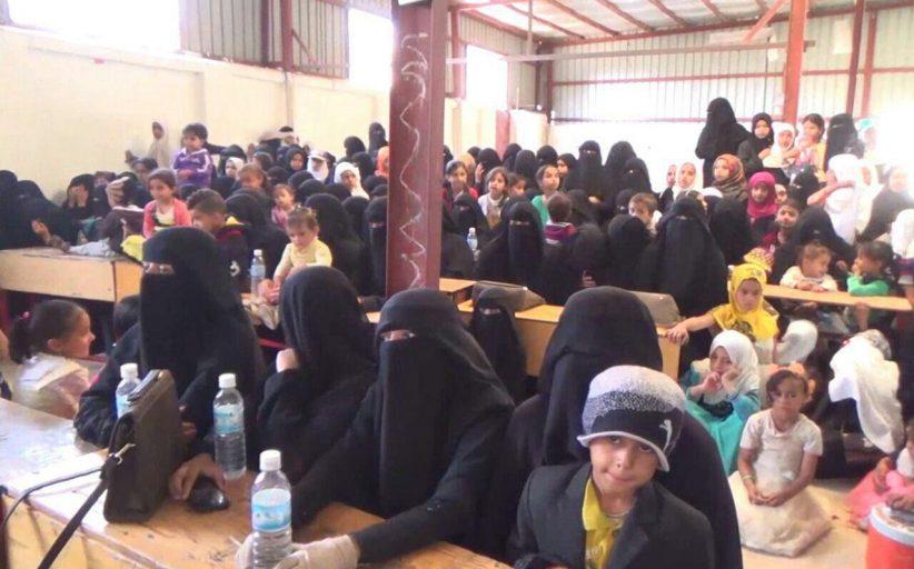 فعاليات مدرسية في مديرية الظهار بإب بمناسبة ذكرى ميلاد فاطمة الزهراء