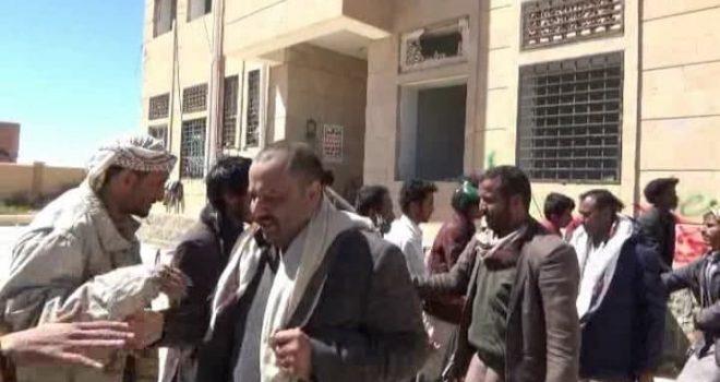 Al-Bayda receives 15 deceived soldiers, including leaders